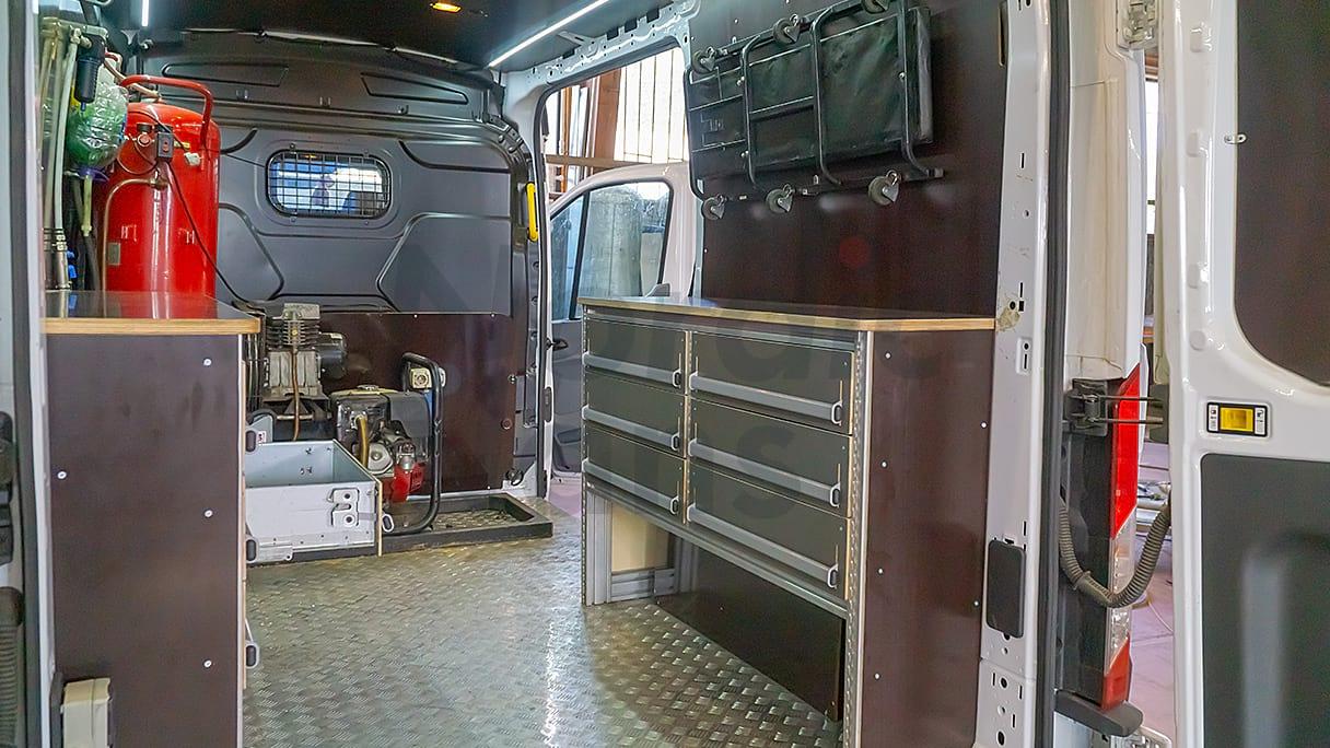Система хранения «Под ключ» для фургона